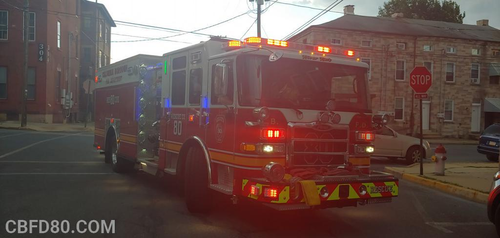 Rescue 80 at Gas Leak on South 3rd Street
