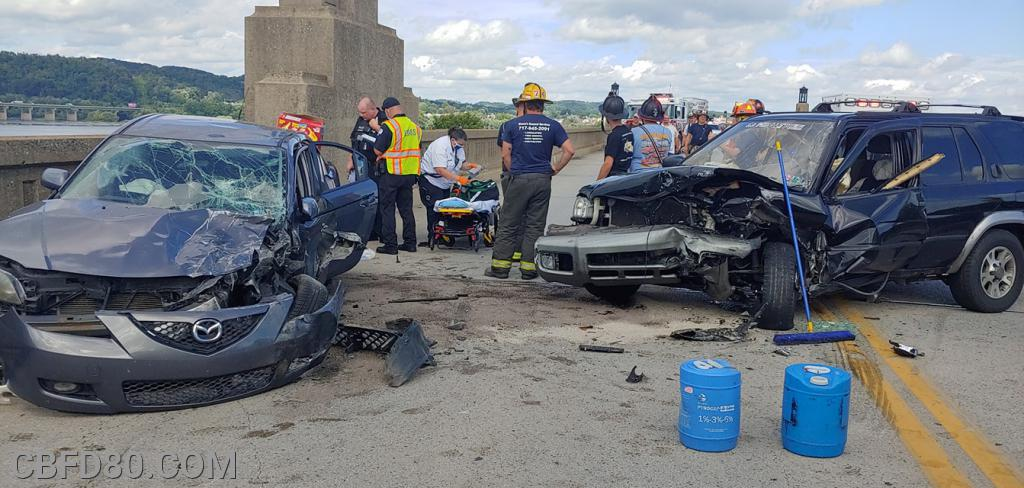 Crash on 462 Bridge